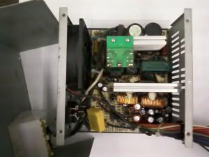 Блок питания ISO-450PP вид изнутри ATX