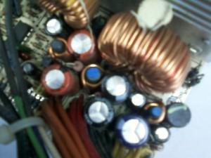 Вздувшиеся конденсаторы C30, C31, C32, C33 блока питания ISO-450PP ATX
