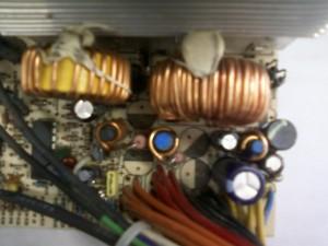 Выпаянные конденсаторы блока питания ISO-450PP ATX
