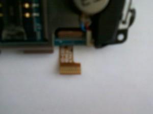 Разъем подложки клавиатуры сотового телефона Samsung GT-C3212 с перебитым контактом