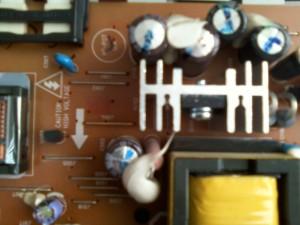 Неисправные конденсаторы БП LCD монитора Samsung SyncMaster 710N