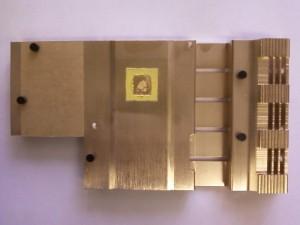 Снятый радиатор видеокарты Gigabyte GV-NX85T256H