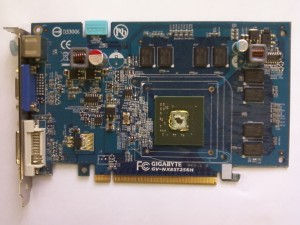Готовим видеокарту Gigabyte GV-NX85T256H к прогреву GPU