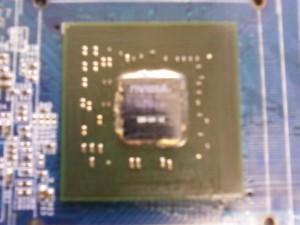 GPU видеокарты Gigabyte GV-NX85T256H очищенный от термоклея