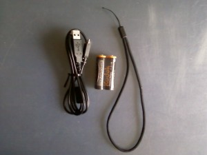 Батарейки Kodak, microUSB to USB и шнурок на запястье