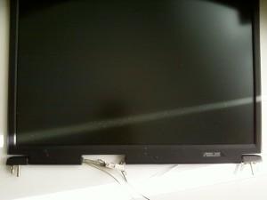 Отключенная матрица ноутбука ASUS A3000