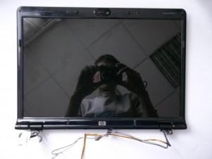 Полностью отсоединенная матрица ноутбука HP Pavilion dv6700