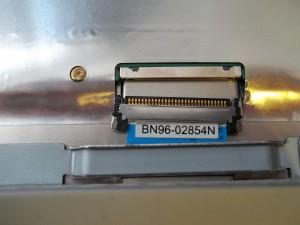 Отсоединенный разъем на матрицу монитора Samsung SyncMaster 961BW
