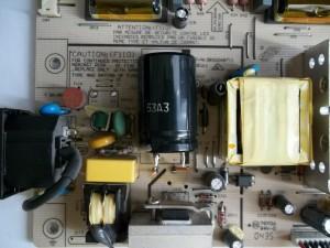 Конденсатор 150mFx400V в мониторе Samsung SyncMaster 710V