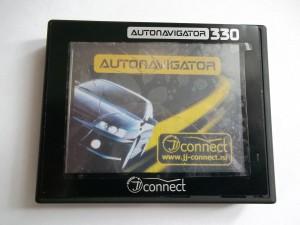 GPS навигатор JJ-Connect AUTONAVIGATOR 330 с разбитым тачскрином, но целым дисплеем