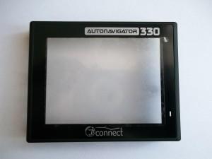 Клеим защитный экран с надписью AUTONAVIGATOR 330 JJ-Connect