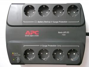 Внешний вид упса APC Back-UPS ES 700