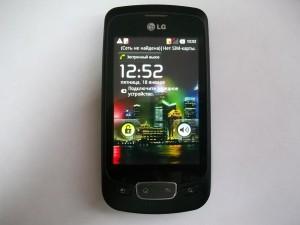 Исправный сотовый телефон LG P500