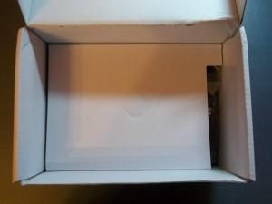 Картонная прокладка в коробке