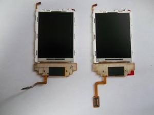 Старый и новый дисплей для сотового телефона Samsung SGH-D830