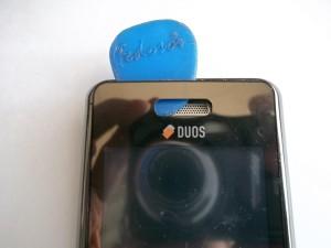 Отклеиваем тачскрин сотового телефона Samsung SGH-D980