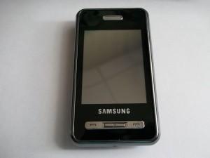 Приклееный новый тачскрин Samsung D980
