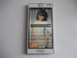 LG P765 Optimus L9 с разбитым тачскрином