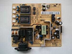 Выпаиваем вздутые конденсаторы с платы блока питания-инвертора жк монитора Acer AL2216W
