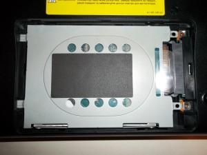 Вытаскиваем винчестер ноутбука Sony Vaio PCG-71211V