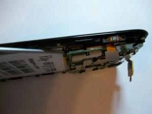 Шлейф с другой стороны платы на сотовом телефоне Fly IQ4404