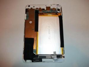 Фотография планшета RoverPad Air 7.85 3G без задней крышки