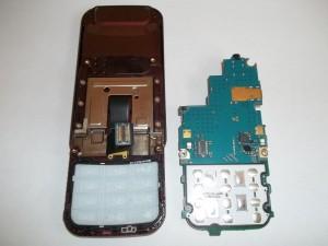 Вытащенная плата сотового телефона Samsung GT-C3752 DUOS