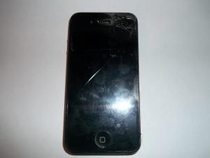 iPhone 4 с разбитым тачскрином