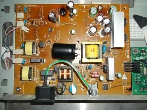 Итоговая плата монитора Benq FP71G после переделки на один канал