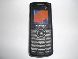Неисправный телефон Samsung GT-E2121B