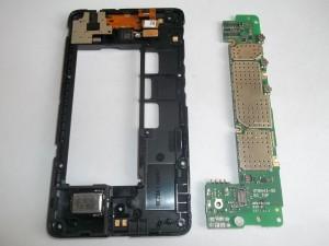 Вытаскиваем плату телефона Nokia X Dual sim (RM-980)