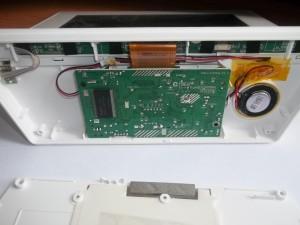 Внутренности цифровой фоторамки Texet TF-618