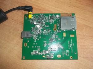 Плата цифровой фоторамки SONY DPF-E72N с подключенным БП